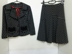 ReginaRomantico(レジィーナロマンティコ)のスカートスーツ