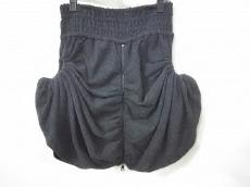 Hisui(ヒスイ)のスカート