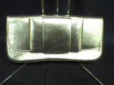 miumiu(ミュウミュウ)のクラッチバッグ