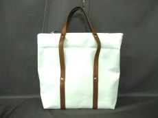 carnet(カルネ)のショルダーバッグ