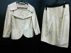 SWINSWING(スウィンスウィング)のスカートスーツ