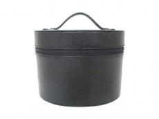 BVLGARI PARFUMS(ブルガリパフューム)のバニティバッグ