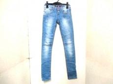 Desigual(デシグアル)のジーンズ