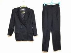 Loro Piana(ロロピアーナ)のレディースパンツスーツ