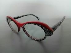TOKUKO 1er VOL(トクコ・プルミエヴォル)のサングラス