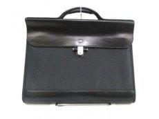MANDARINA DUCK(マンダリナダック)のビジネスバッグ
