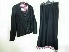 gouk(ゴウク)のレディースパンツスーツ