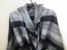 ISSEYMIYAKE(イッセイミヤケ)のコート