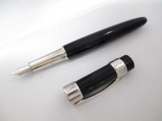 CHAUMET(ショーメ)のペン