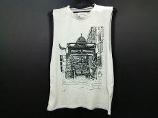 lesprairiesdeparis(レプレリードパリ)のTシャツ
