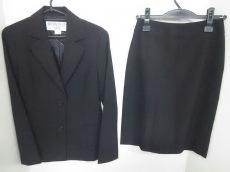 NATURAL BEAUTY BASIC(ナチュラルビューティー ベーシック)のスカートスーツ