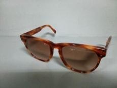 Revillon(レビオン)のサングラス