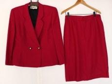 lapinerouge(ラピーヌルージュ)のスカートスーツ