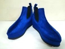 UNIF(ユニフ)のブーツ