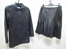 J-white(ジェイホワイト)のスカートスーツ