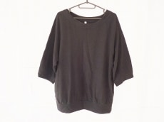 petite robe noire(プティローブノアー)/トレーナー