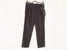 petite robe noire(プティローブノアー)のパンツ