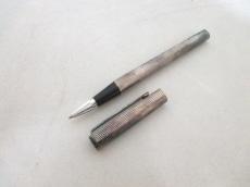 emanuelungaro(エマニュエルウンガロ)のペン