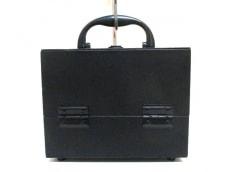 YvesSaintLaurent(イヴサンローラン)のバニティバッグ