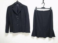 DUAL VIEW(デュアルヴュー)のスカートスーツ