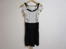 La TOTALITE(ラ トータリテ)のドレス