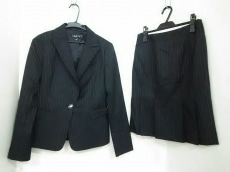 INDIVI(インディビ)のスカートスーツ