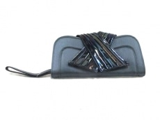 EMPORIOARMANI(エンポリオアルマーニ)のクラッチバッグ
