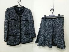 ambient(アンビエント)のスカートスーツ