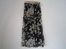 MEGAN PARK(ミーガンパーク)のスカート