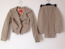 VivienneWestwoodRedLabel(ヴィヴィアンウエストウッドレッドレーベル)/スカートスーツ
