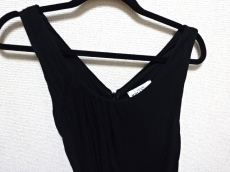 ANNA MOLINARI(アンナモリナーリ)のドレス