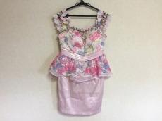 Emiria Wiz(エミリアウィズ)のドレス