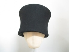 HENRIKVIBSKOV(ヘンリックヴィブスコブ)の帽子
