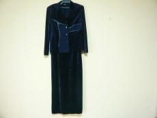 RITSUKO SHIRAHAMA(リツコシラハマ)のワンピーススーツ