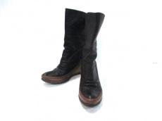 MANA(マナ)のブーツ