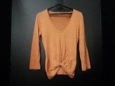 GiAMBATTiSTA VALLi(ジャンバティスタヴァリ)のセーター