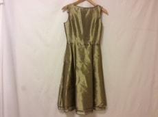 NATURALBEAUTY(ナチュラルビューティー)のドレス