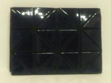 BAOBAO ISSEYMIYAKE(バオバオイッセイミヤケ)のカードケース