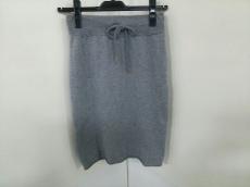 MET(メット)のスカート