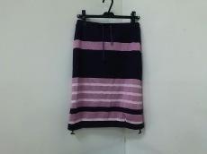 β(ベータ)のスカート