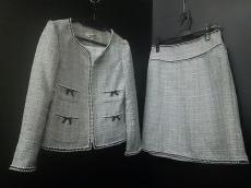 SUPERBEAUTY(スーパービューティー)のスカートスーツ