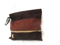 Robertadicamerino(ロベルタ ディ カメリーノ)のクラッチバッグ