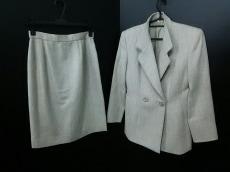 MAGGY(ギンザマギー)のスカートスーツ