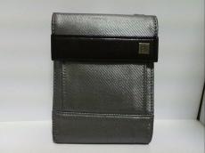 CalvinKlein(カルバンクライン)のWホック財布