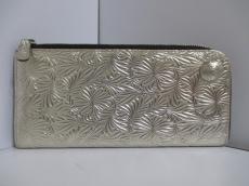 Neutral Gray(ニュートラルグレイ)の長財布