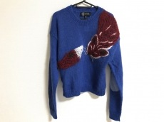 sretsis(スレトシス)のセーター