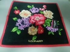 LEONARD(レオナール)のハンカチ
