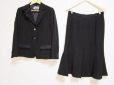 ROSSA(ロッサ)のスカートスーツ