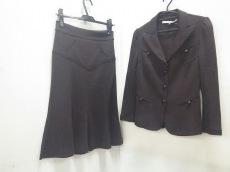 DIANE VON FURSTENBERG(DVF)(ダイアン・フォン・ファステンバーグ)のスカートスーツ
