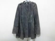 MAURO GRIFONI(マウログリフォーニ)のコート